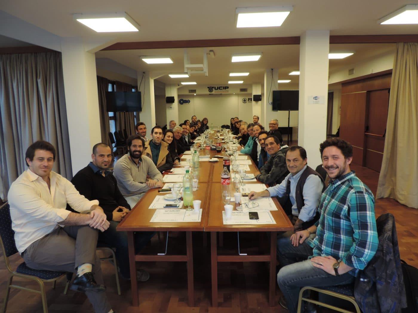 Almuerzo de la Comisión Joven de UCIP